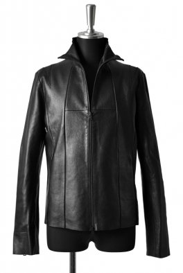 <img class='new_mark_img1' src='//img.shop-pro.jp/img/new/icons8.gif' style='border:none;display:inline;margin:0px;padding:0px;width:auto;' />Fagassent - Lizard leather on shoulder, Leather Stand Collar Jacket-