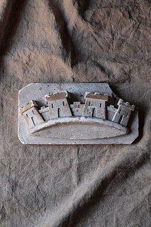 顕在化した紋章-plaster objet