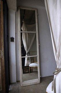 アンティーク鏡付きのドア-door with mirror
