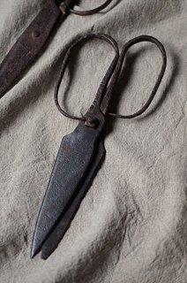 饒舌なハサミたち-iron scissors