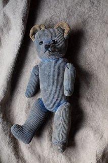 ブルーブルー コーデュロイのクマ-corduroy teddy bear