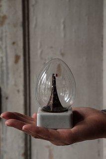パリを抱く いつまでも-eiffel tour in glass objet