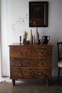 パインチェスト、趣き増して-antique pine chest