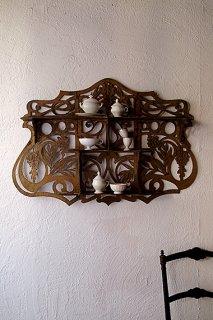 透かし彫りのシェルフ-french wall shelf
