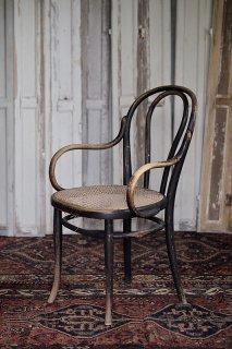 肘掛け付き曲げ木椅子-antique thonet arm chair