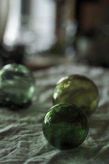 透き通る浮標 浮き玉-antique glass float ball