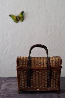 バスケット携えてちょっとそこまで-antique french basket