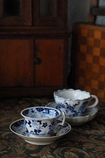 藍染付カップ&ソーサー-antique porcelain cup & saucer set