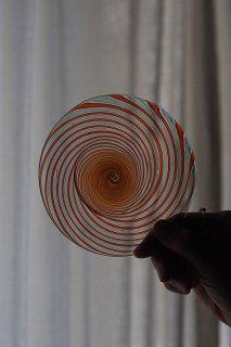 渦巻きドロップ色スパイラル-blown glass plate