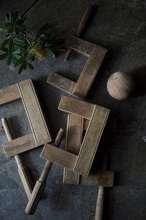かくかく大きな工具-antique wood clamp