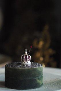 英国王冠ミニマムピンクッション-vintage crown pin cushion