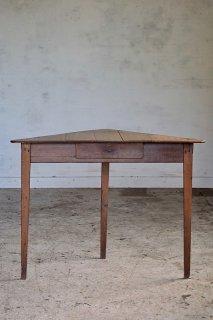 三角コーナーテーブル-vintage oak corner table