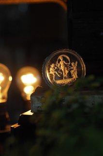 奏楽の天使に女神が踊る-antique glass tray