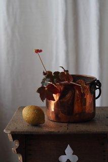 銅の小鍋 光沢揺らめき-antique copper pot