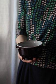 折れ耳付き小振りなボウル-french pottery bowl
