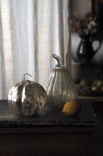 くすぶった光の反射-vintage mercury glass objet