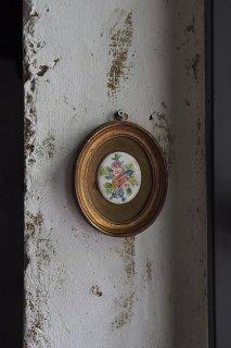 明るき花 親しく咲く-vintage hand painting oval frame