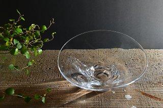 水たまりの中鉢