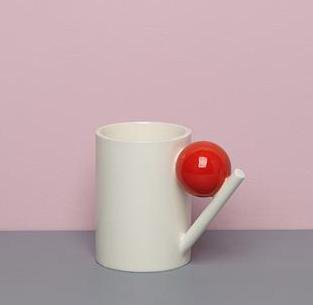 <img class='new_mark_img1' src='https://img.shop-pro.jp/img/new/icons43.gif' style='border:none;display:inline;margin:0px;padding:0px;width:auto;' />GEOMETRIC MUG_ RED BALL  Design K