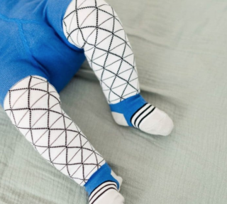 Baby pantyhose triangle blue ベビータイツブルー三角柄