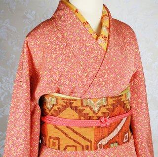 【5点セット】 オレンジ色の鮫地に花唐草の小紋[袷] 名古屋帯 半襟 帯揚げ 帯締め