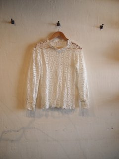 See-through Cutwork TOPS (WHT/BLK)