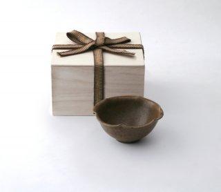 錆釉 輪花豆鉢
