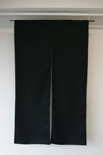 【防炎加工】無地染めポリエステル「黒」 縦150cm×横90cm