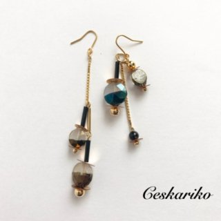 Vintageglass asymmetry pierce(earring)