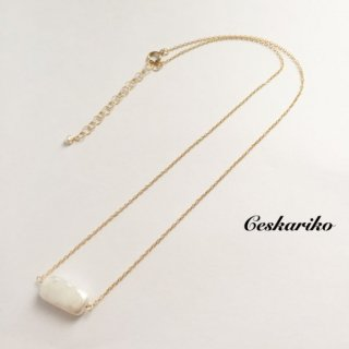 14KGF Rectangle Pearl Necklace
