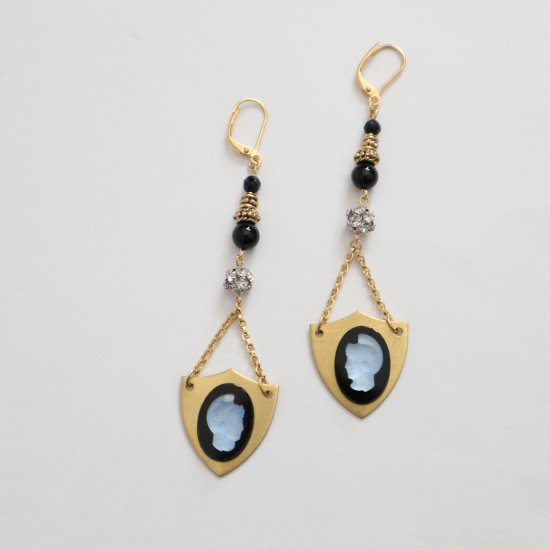 Knight cameo classic pierce/earring