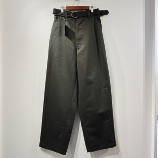 <img class='new_mark_img1' src='//img.shop-pro.jp/img/new/icons29.gif' style='border:none;display:inline;margin:0px;padding:0px;width:auto;' />【SYU.】New skater pants wide - khaki