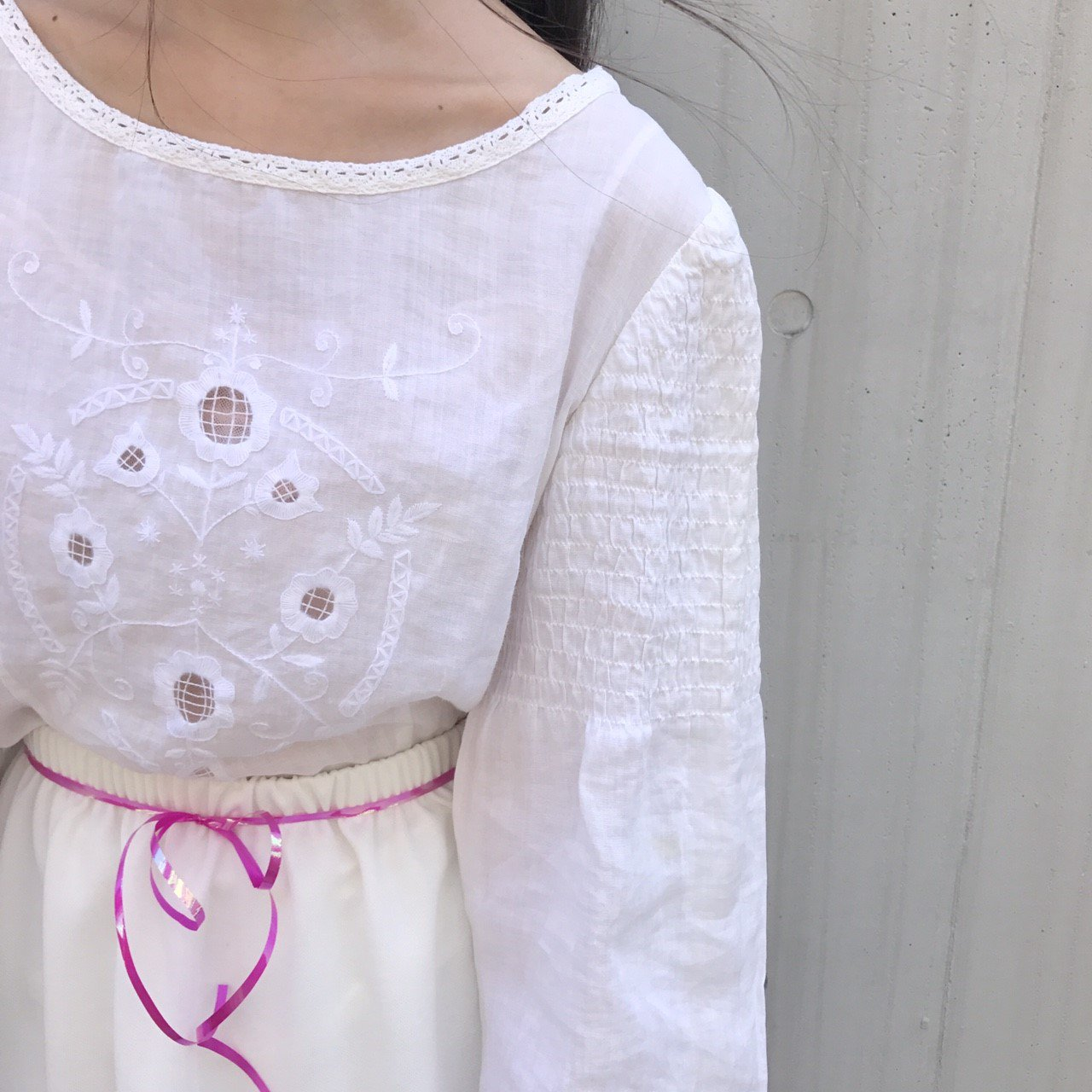 shi ro i embroidery tops