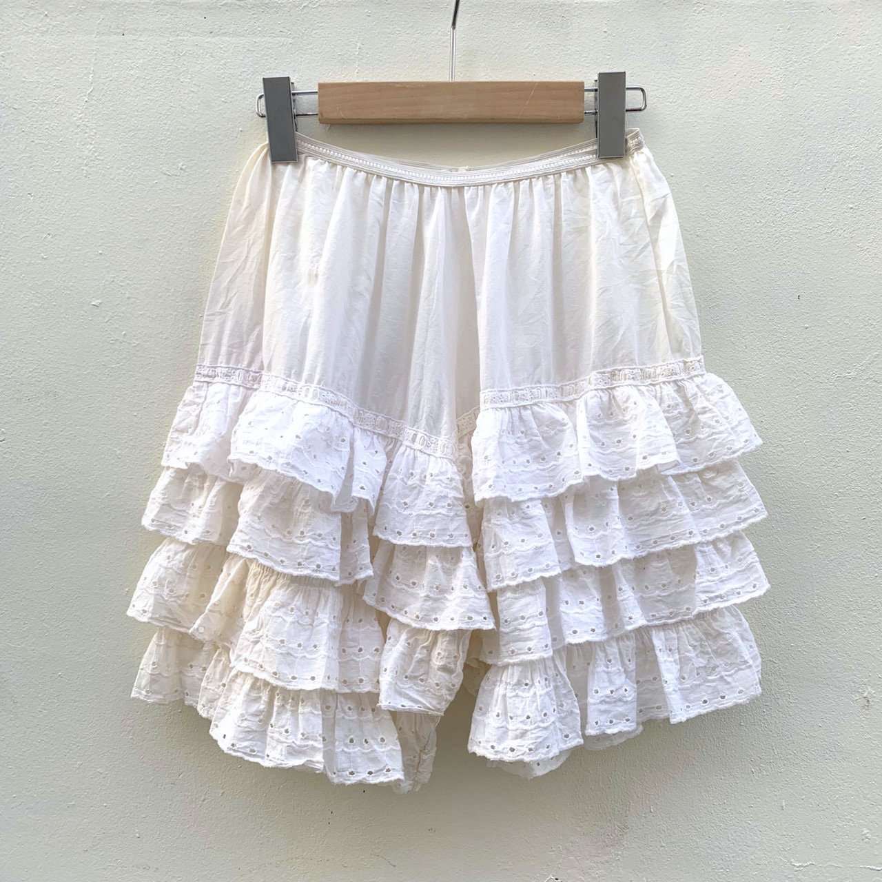 vintage tiered frill pants