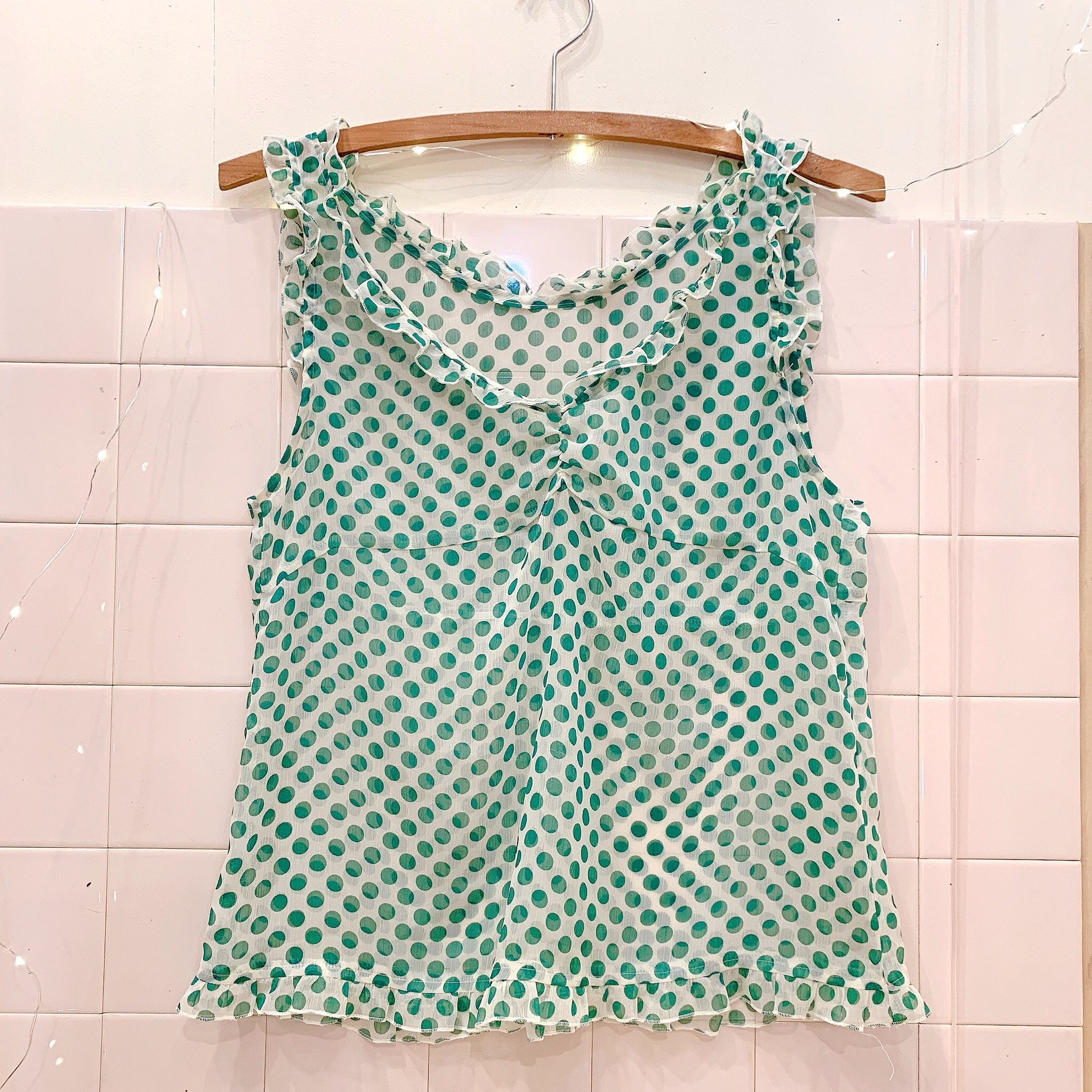 green dot frill tops