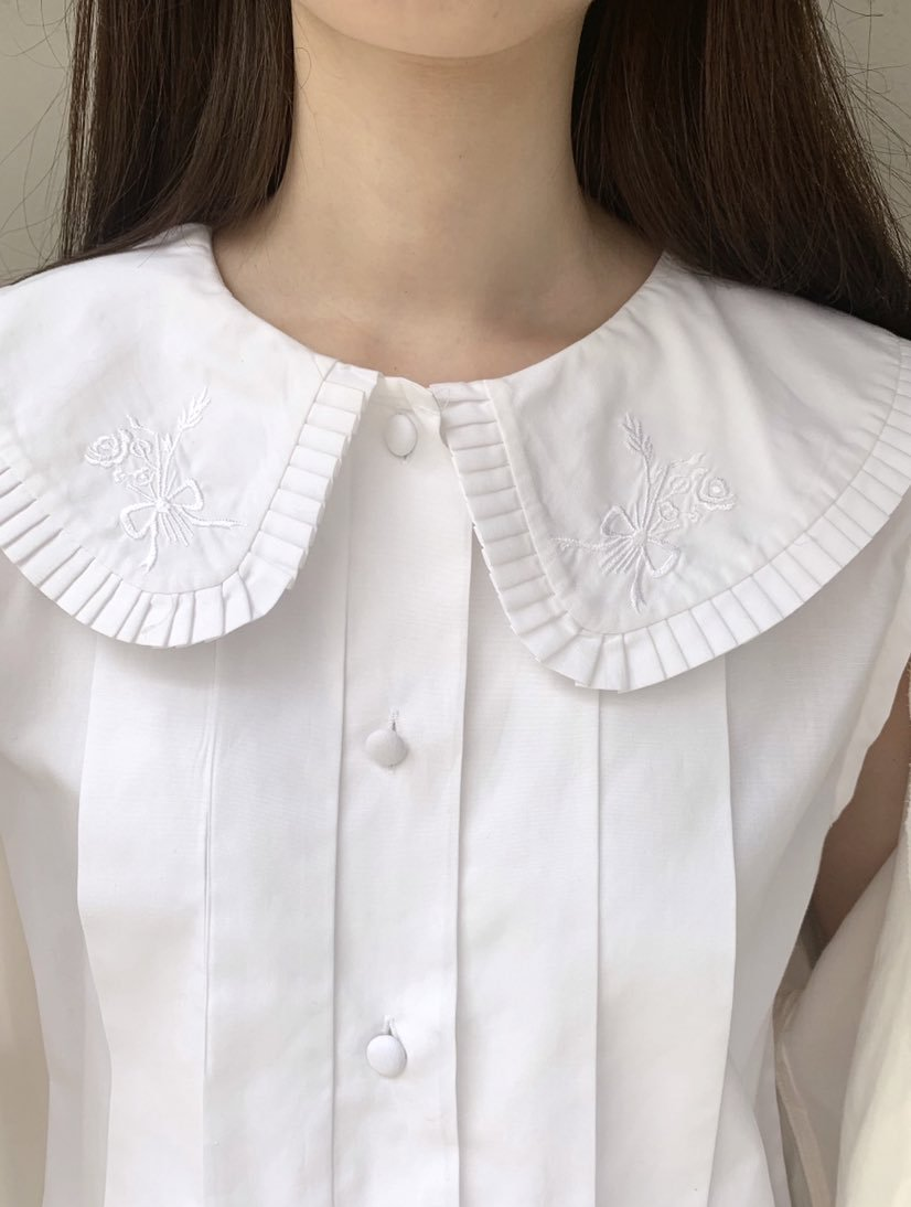 pleats flower colour nosleeve blouse