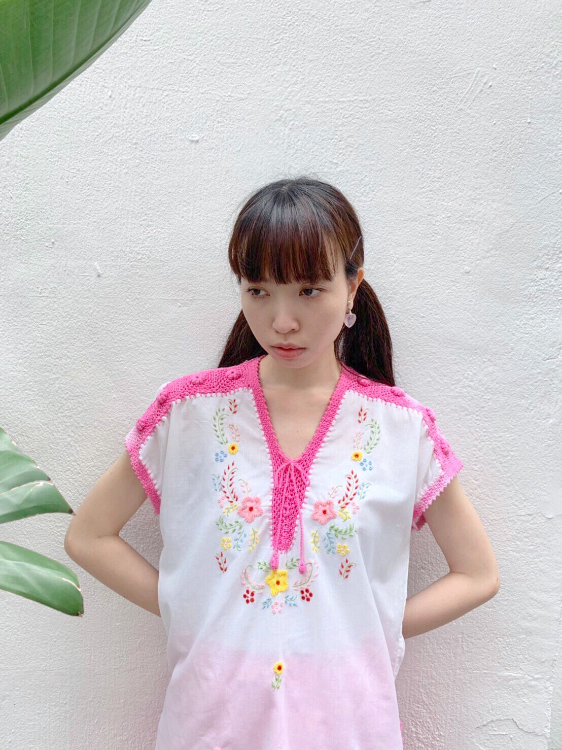 【SALE】pink crochet flower embroidery tops