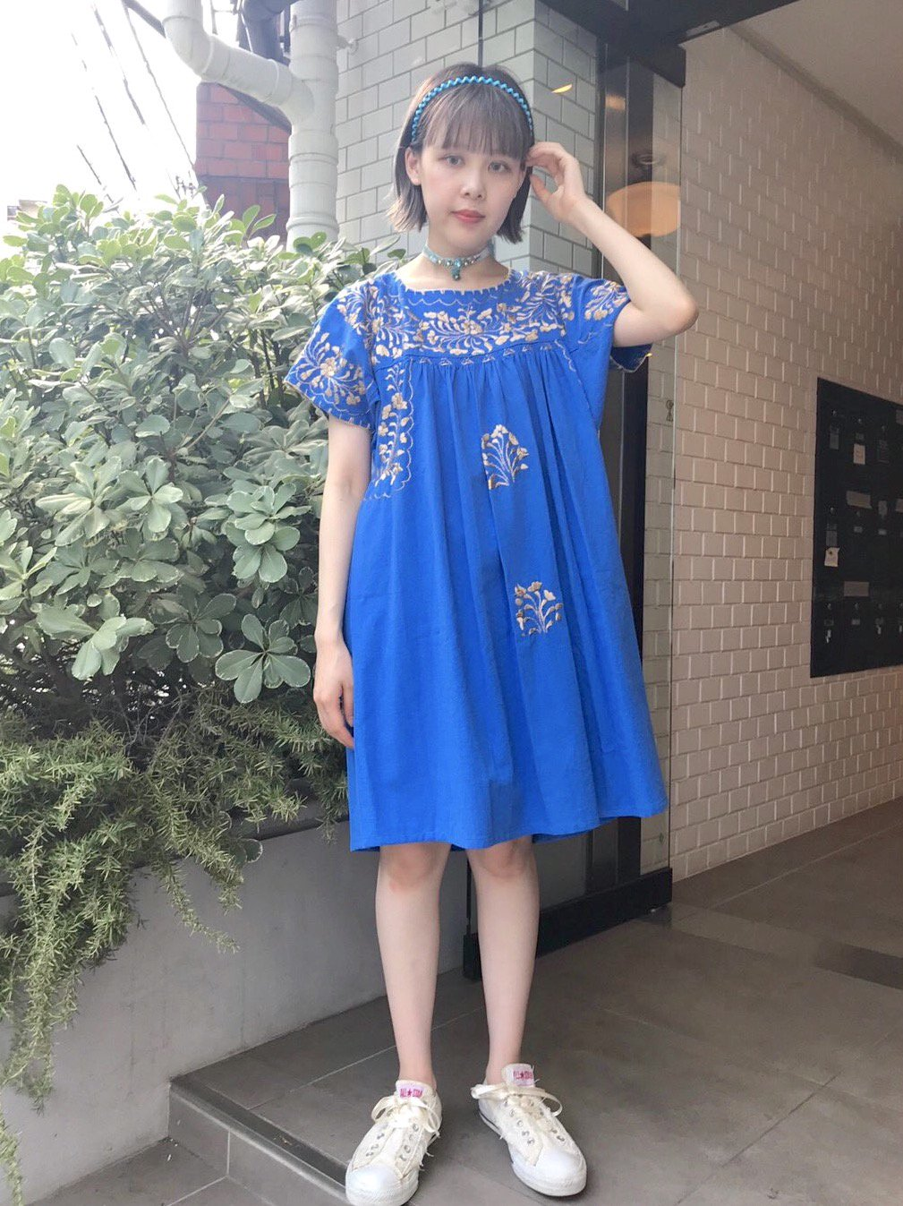 【SALE】gold embroidery blue onepiece