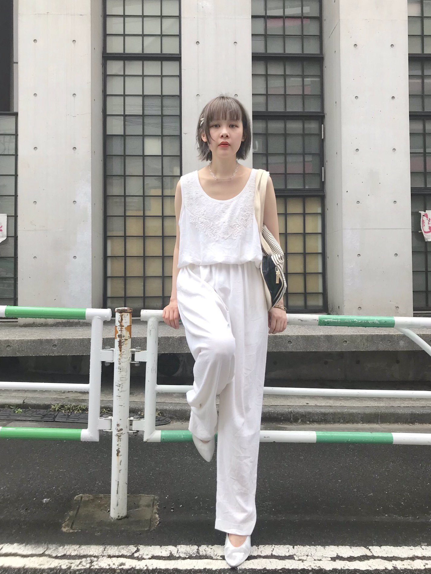 【SALE】white rompers