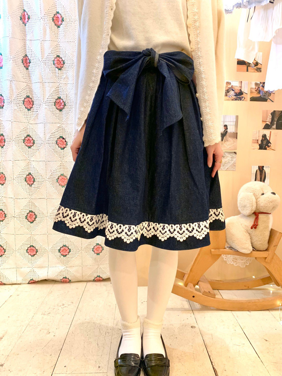 volume denim skirt