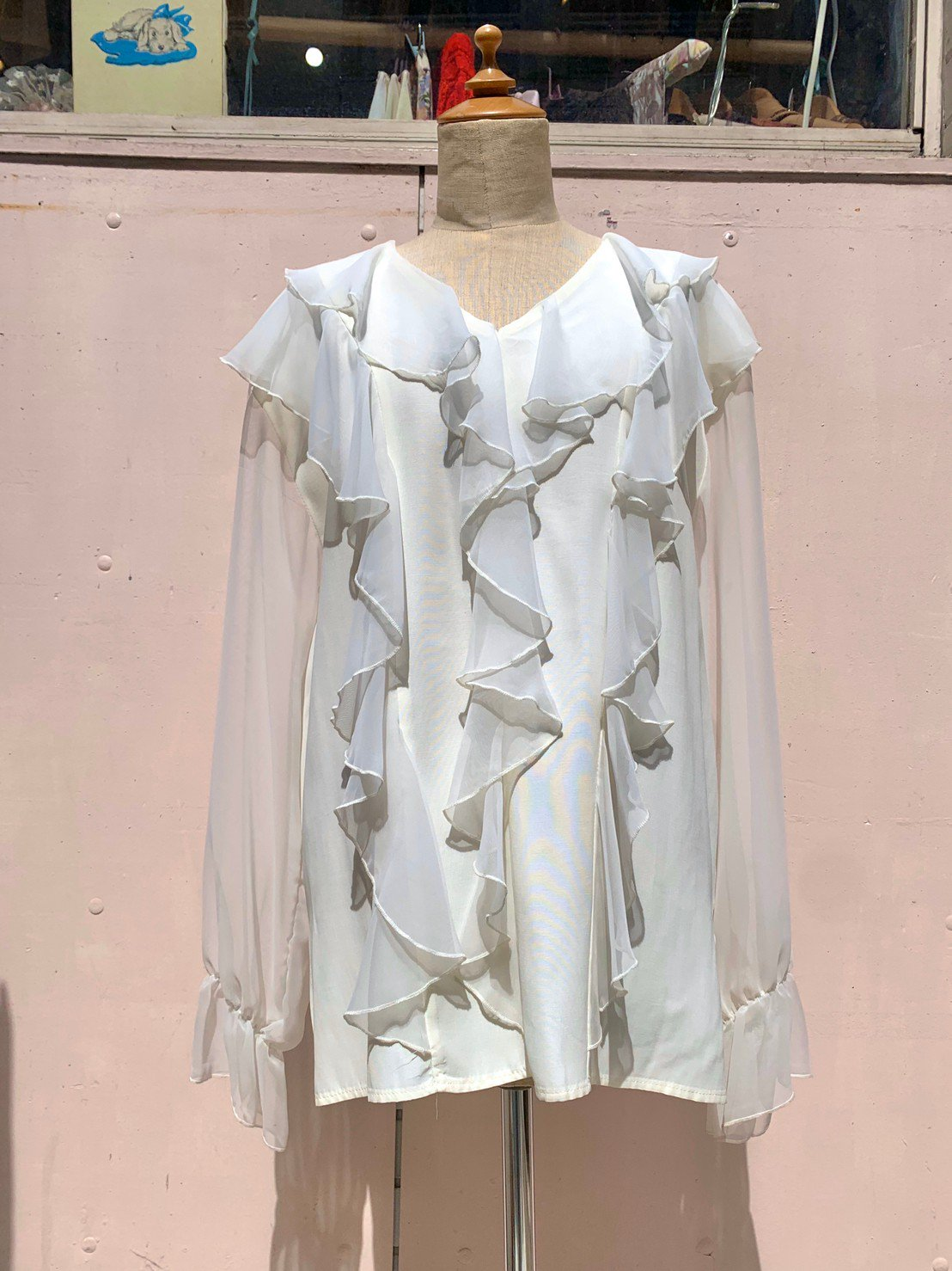 2.sheer  frill white blouse