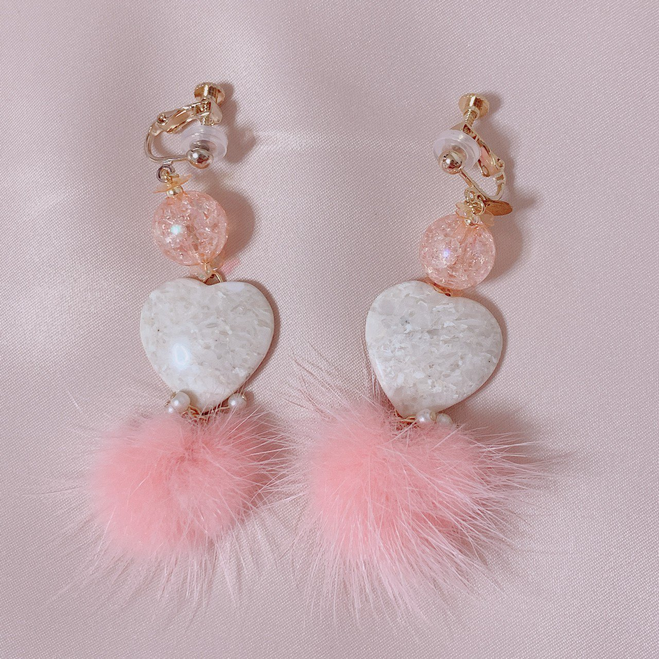 "mimi × tvm ""vintage parts earring"" ピンクファー"