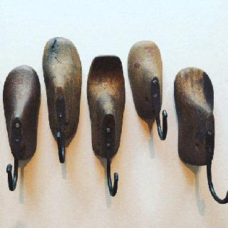 ベビーシュー フック / アンティーク  木靴型 アイアン / アソート
