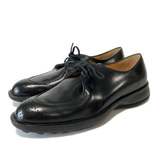 TODS・メダリオンシューズ・BL