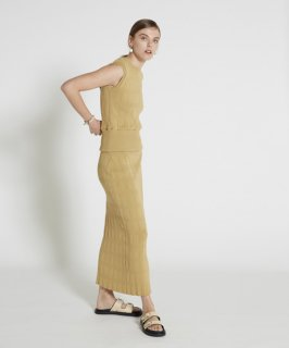 <img class='new_mark_img1' src='https://img.shop-pro.jp/img/new/icons20.gif' style='border:none;display:inline;margin:0px;padding:0px;width:auto;' />DIFFERENCE PATTERN KNIT LONG SKIRT