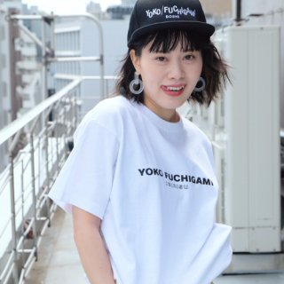 YOKO FUCHIGAMI 公式ファッショナブルTシャツ WH<img class='new_mark_img2' src='https://img.shop-pro.jp/img/new/icons29.gif' style='border:none;display:inline;margin:0px;padding:0px;width:auto;' />
