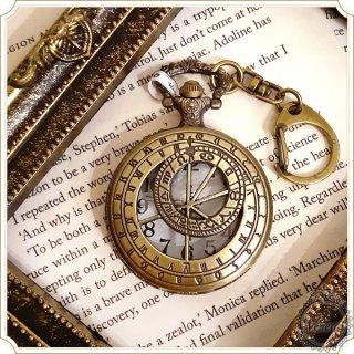 キーホルダー懐中時計 羅針盤