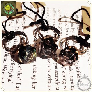 黒薔薇姫の指輪 ダイヤ/アンティーク