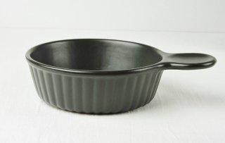 YH61 耐熱グラタン皿 黒・取っ手付き