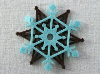 CO073 コースター/雪結晶(水色×茶)・洋風・フェルト・